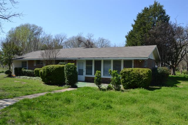 Rental Homes for Rent, ListingId:32174470, location: 2021 Willowwood Street Denton 76205