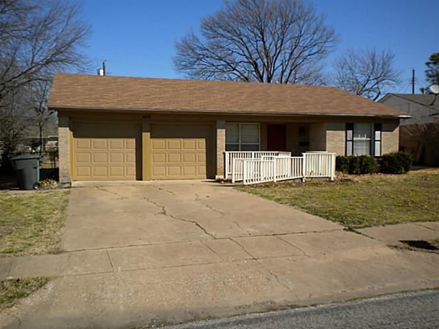 Rental Homes for Rent, ListingId:32167135, location: 1815 W Hunt Street Sherman 75092