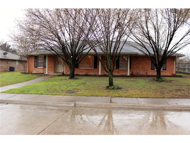 Rental Homes for Rent, ListingId:32170196, location: 114 Chieftain Drive Waxahachie 75165