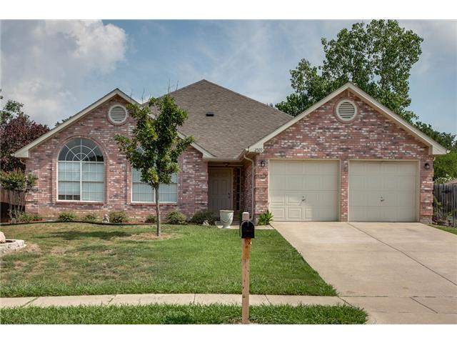 Rental Homes for Rent, ListingId:32170836, location: 2520 Meadowview Drive Corinth 76210
