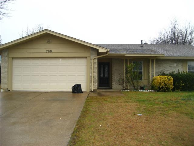 Single Family Home for Sale, ListingId:32166905, location: 709 marlow Arlington 76014