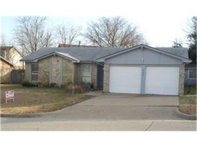 Rental Homes for Rent, ListingId:32170410, location: 908 Rolling Meadows Drive Arlington 76015