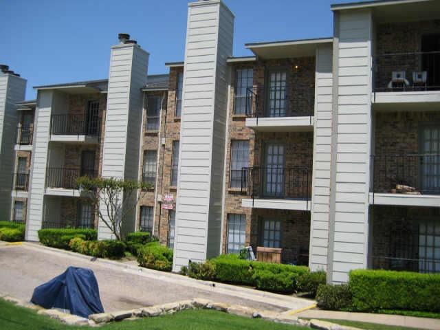 Rental Homes for Rent, ListingId:32174085, location: 7621 Mccallum Boulevard Dallas 75252