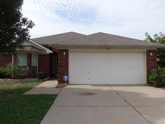 Rental Homes for Rent, ListingId:32234525, location: 718 Gemstone Trail Arlington 76002