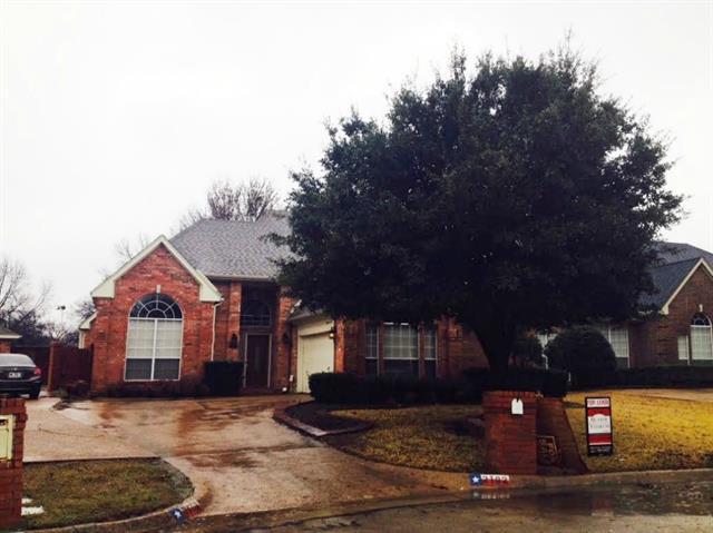 Rental Homes for Rent, ListingId:32246888, location: 2102 Hunter Place Lane Arlington 76006
