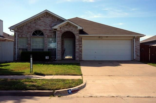 Rental Homes for Rent, ListingId:32523671, location: 7014 Snowivy Court Arlington 76001
