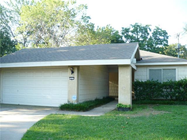 Rental Homes for Rent, ListingId:32247397, location: 1601 Northridge Drive Arlington 76012