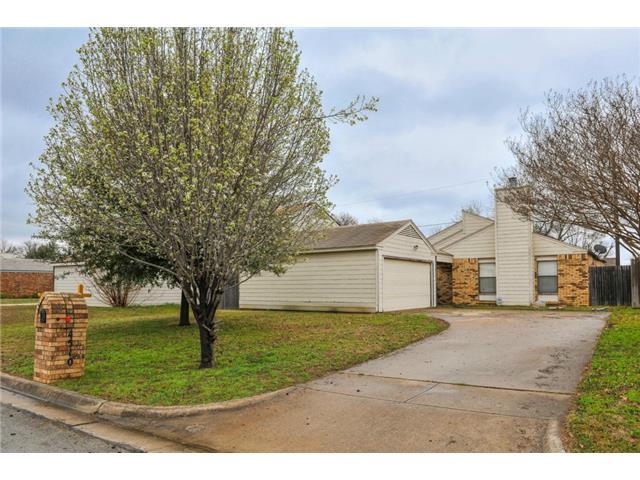 Single Family Home for Sale, ListingId:32294631, location: 4510 TIMBER RUN Drive Arlington 76001