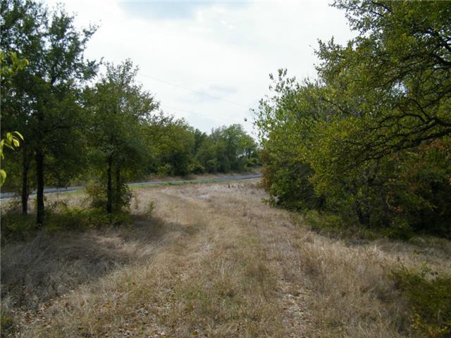 303 Bluffview Ln, Corsicana, TX 75109