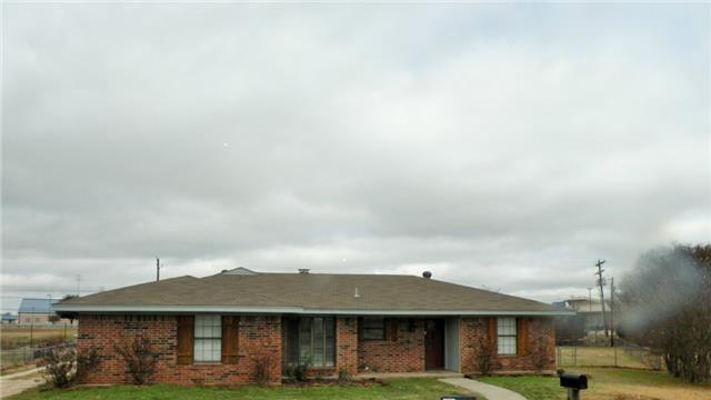 Rental Homes for Rent, ListingId:32283996, location: 911 Glengarden Street Krum 76249