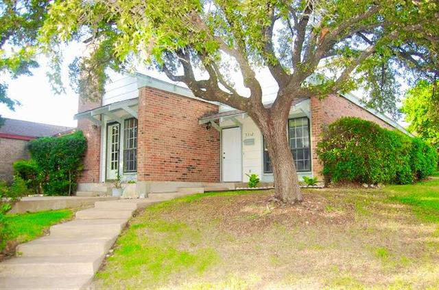 Single Family Home for Sale, ListingId:32364257, location: 5312 Colony Hill Road Ft Worth 76112