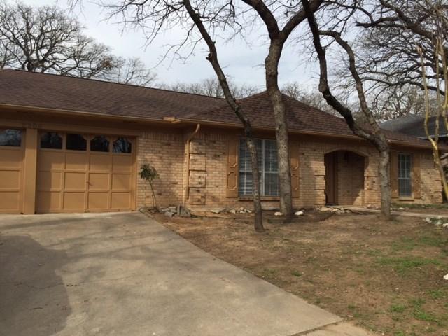 Rental Homes for Rent, ListingId:32341809, location: 2209 Oakwood Lane Arlington 76012