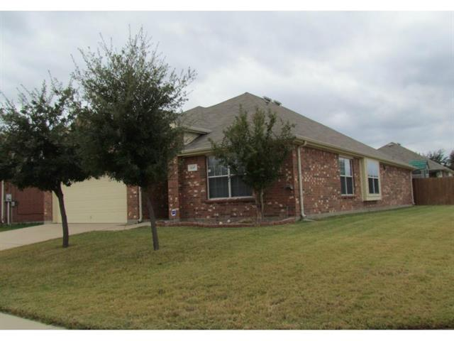 Rental Homes for Rent, ListingId:32364590, location: 1117 Skylark Drive Burleson 76028
