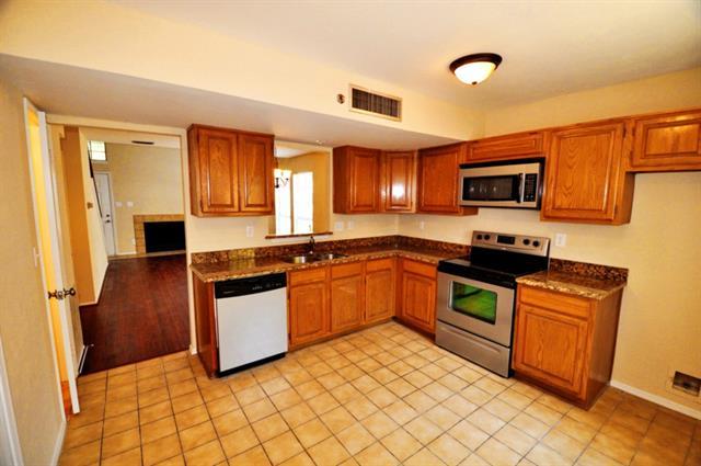 Rental Homes for Rent, ListingId:32364718, location: 1419 Mccoy Street Dallas 75204