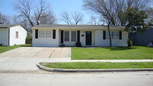 Rental Homes for Rent, ListingId:32411947, location: 1037 Highland Drive Grand Prairie 75051