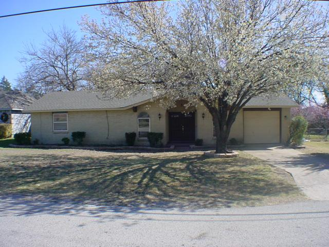 Rental Homes for Rent, ListingId:32411478, location: 512 Springtime Drive Cedar Hill 75104