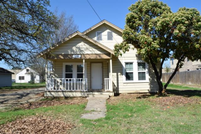 Rental Homes for Rent, ListingId:32448027, location: 1102 S Avenue B Denton 76201
