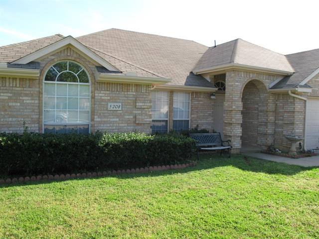 Rental Homes for Rent, ListingId:32610812, location: 5208 Whiting Way Denton 76208
