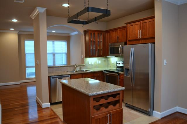 Rental Homes for Rent, ListingId:32610962, location: 2101 Clark Street Dallas 75204