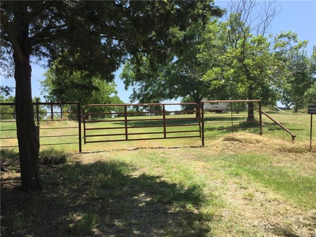 1322 County Road 2900, Dodd City, TX 75438