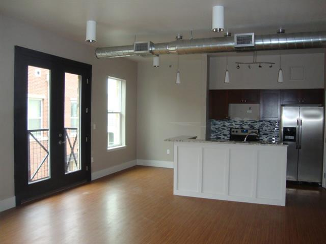 Rental Homes for Rent, ListingId:32611778, location: 1000 Lipscomb Street Ft Worth 76104