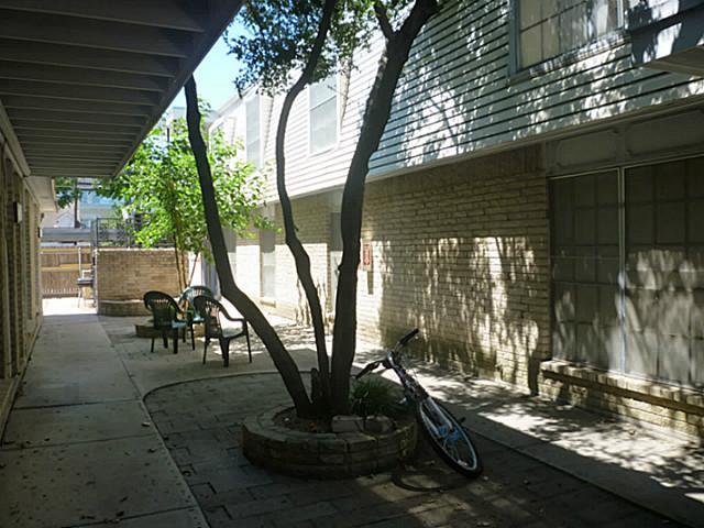Rental Homes for Rent, ListingId:32931147, location: 2801 Princeton Street Ft Worth 76109