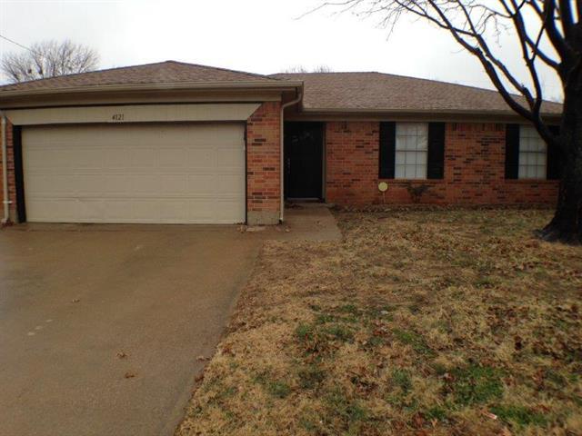 Rental Homes for Rent, ListingId:32647310, location: 4121 Gentle Springs Drive Arlington 76001