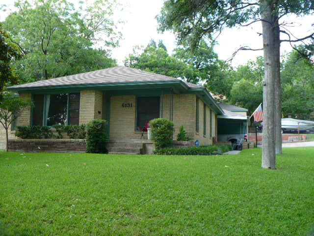 Rental Homes for Rent, ListingId:32676961, location: 6131 Scyene Road Dallas 75227