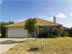Rental Homes for Rent, ListingId:32676419, location: 1004 Carlin Lane Burleson 76028