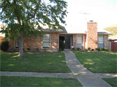 Rental Homes for Rent, ListingId:32692177, location: 9101 High Plain Lane Dallas 75249