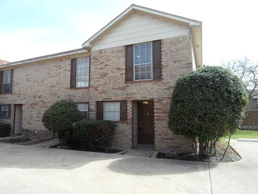 Rental Homes for Rent, ListingId:32692236, location: 3736 Bonnie Drive Ft Worth 76116