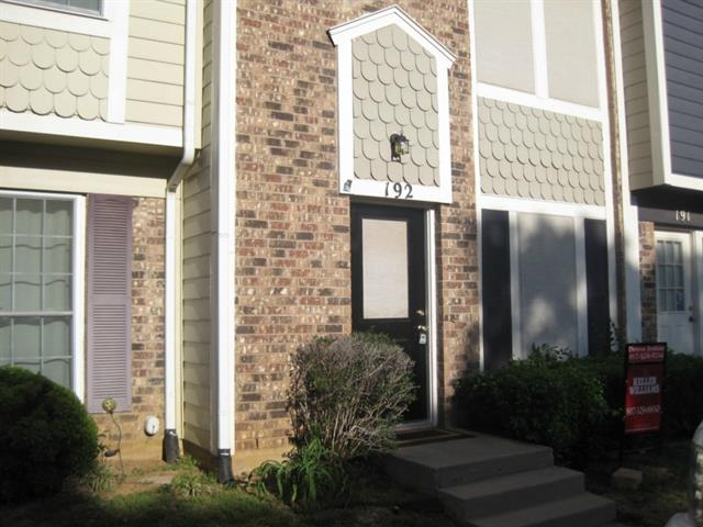 Rental Homes for Rent, ListingId:32718366, location: 192 Merlin Way Euless 76039