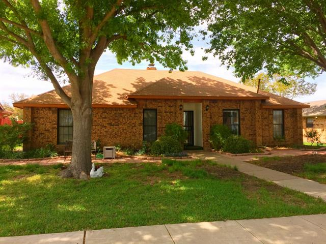 Rental Homes for Rent, ListingId:32719742, location: 1317 Oxford Place Mesquite 75149