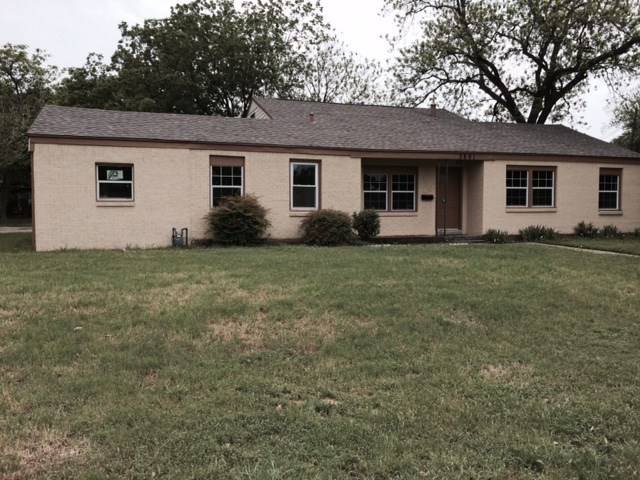 Rental Homes for Rent, ListingId:32849433, location: 2801 W Biddison Street Ft Worth 76109