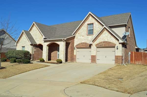 Rental Homes for Rent, ListingId:32738707, location: 1108 Sienna Court Burleson 76028