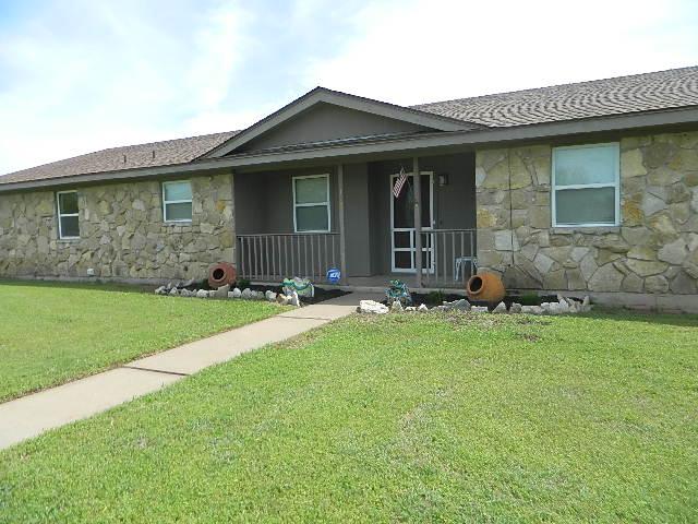 Rental Homes for Rent, ListingId:32758120, location: 306 Vista Drive Granbury 76049