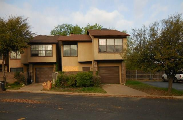 Single Family Home for Sale, ListingId:32757499, location: 1120 White Lake Court Ft Worth 76103