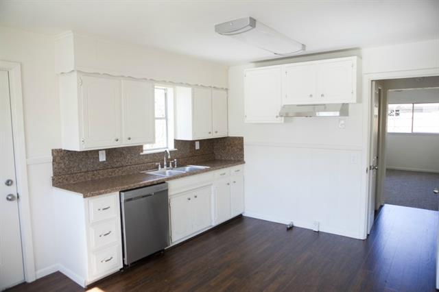 Rental Homes for Rent, ListingId:32774839, location: 3142 Sappington Place Ft Worth 76116