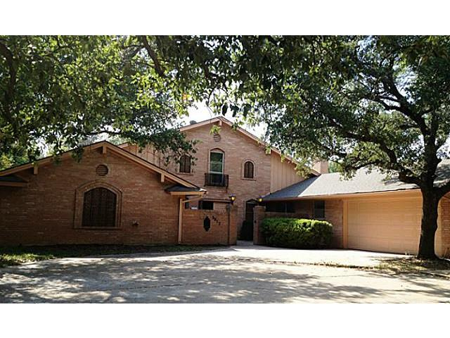 Rental Homes for Rent, ListingId:32837486, location: 3812 Sundown Drive Benbrook 76116