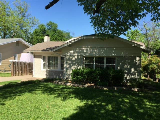 Rental Homes for Rent, ListingId:32859925, location: 1821 Thomas Place Ft Worth 76107