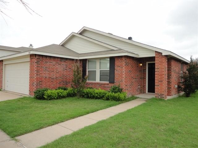 Rental Homes for Rent, ListingId:32793037, location: 1416 Anna Lea Lane Burleson 76028