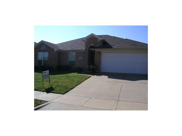 Rental Homes for Rent, ListingId:32817821, location: 1914 Lennox Lane Arlington 76018
