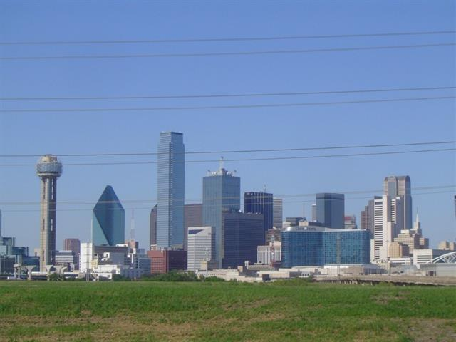 Single Family Home for Sale, ListingId:32837340, location: 435 Trinity River Circle Dallas 75203
