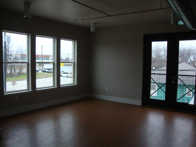Rental Homes for Rent, ListingId:32859998, location: 1000 Lipscomb Street Ft Worth 76104