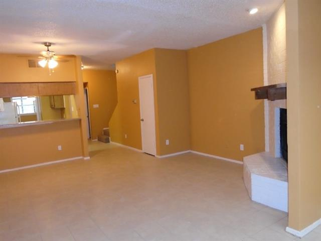 Rental Homes for Rent, ListingId:32873300, location: 1445 Weiler Boulevard Ft Worth 76112