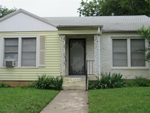 Rental Homes for Rent, ListingId:33352329, location: 2940 Merida Avenue Ft Worth 76109