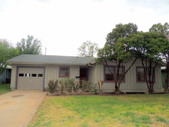 Rental Homes for Rent, ListingId:32883426, location: 2318 S 39th Street Abilene 79605