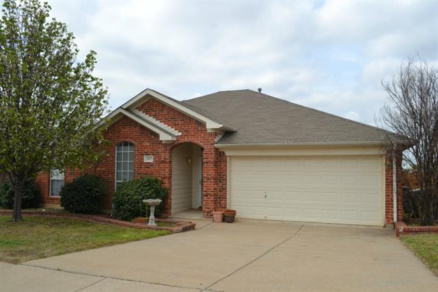 Rental Homes for Rent, ListingId:32915171, location: 4907 Vaquero Court Arlington 76017