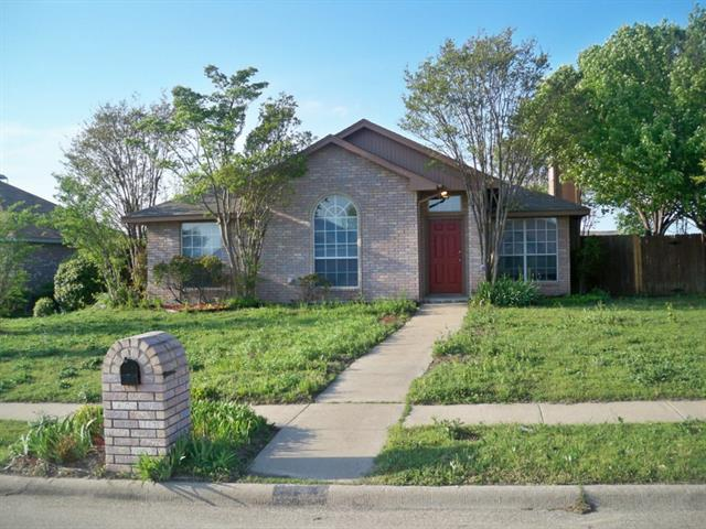 Rental Homes for Rent, ListingId:32931181, location: 1325 Meadow Creek Drive Lancaster 75146