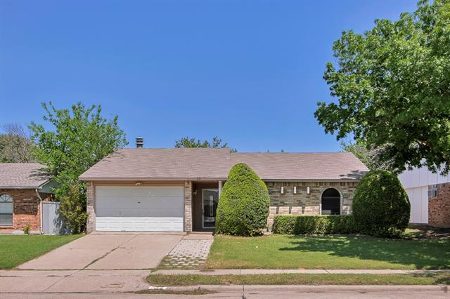 Rental Homes for Rent, ListingId:32931239, location: 631 Valley View Drive Allen 75002